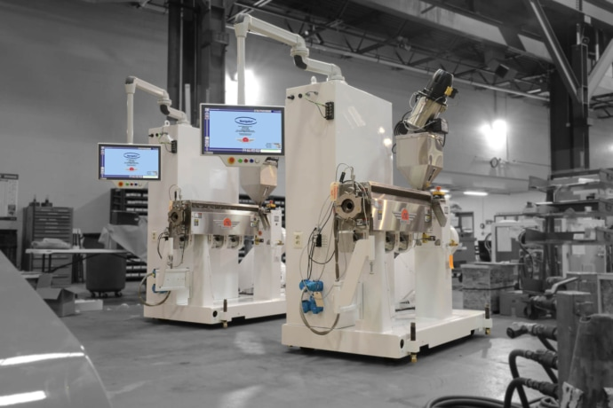 ULTRA MD medical extrusion equipment pictured in medical white with navigator controls